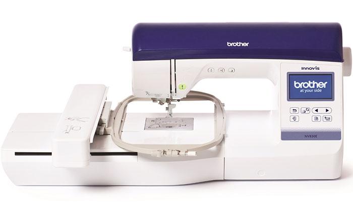 Компания Brother презентовала новую модель швейной машинки.